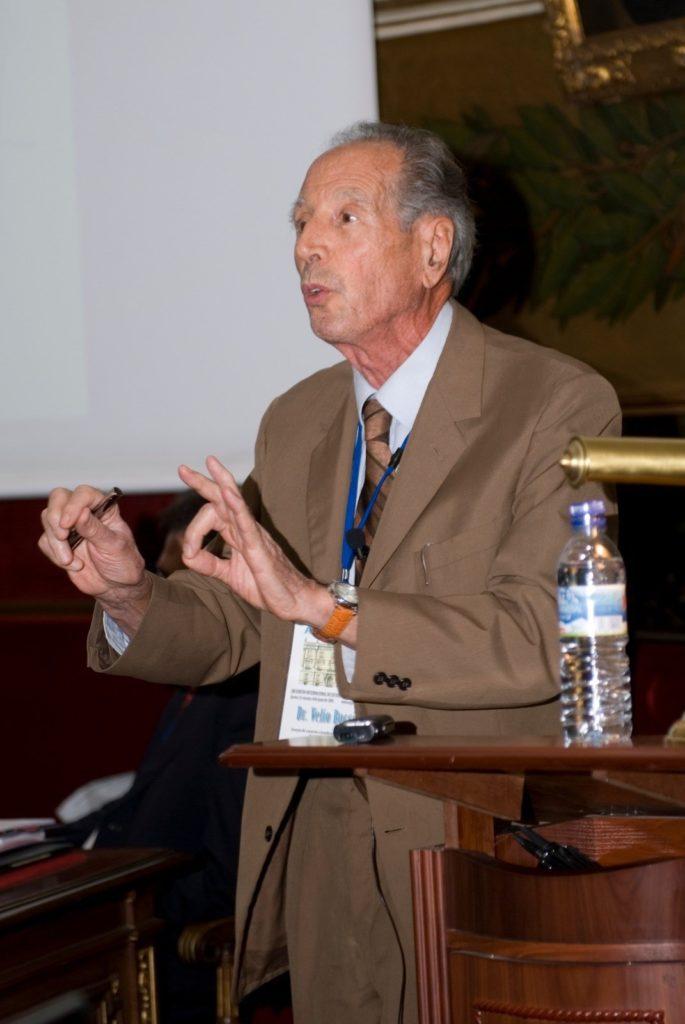 Dr. Velio Bocci.